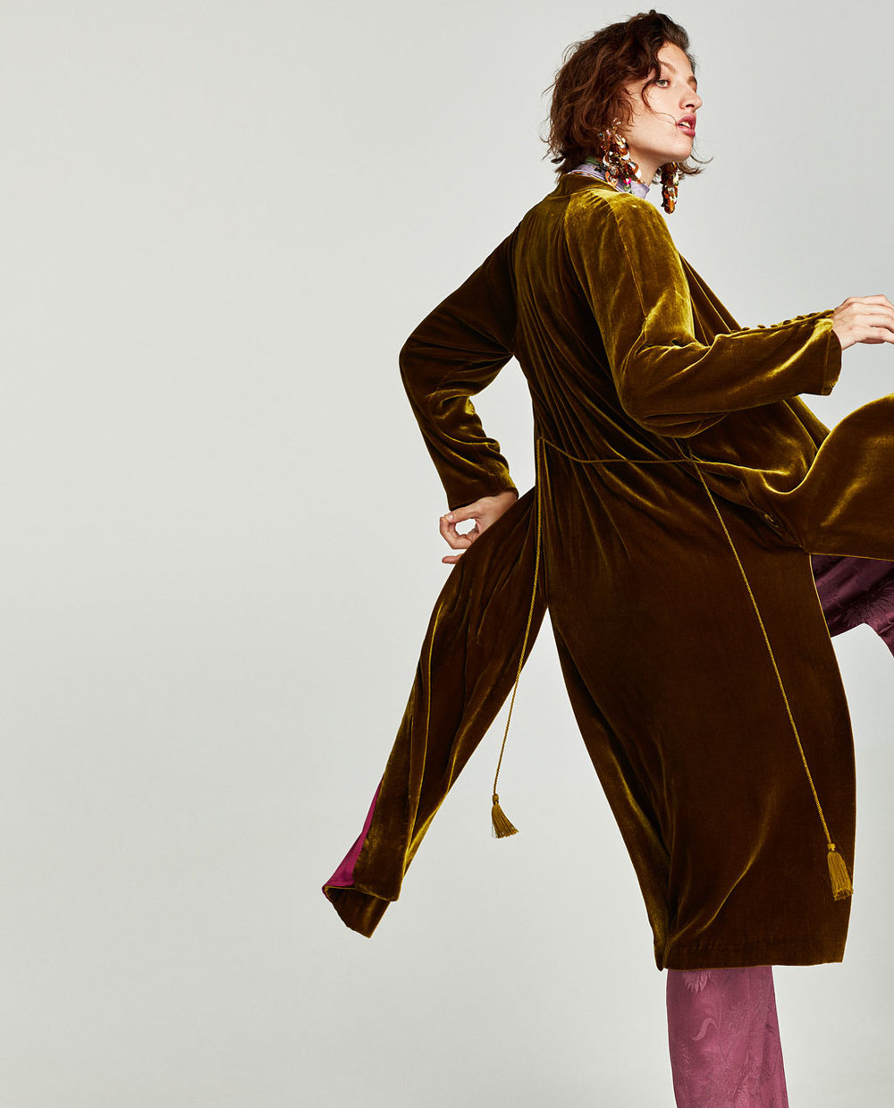 decadent fabric and color, paired with the mauve pants  Long Silk Velvet Kimono / $169 / Zara
