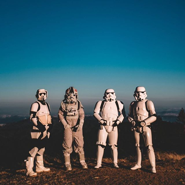 Ever wondered why stormtroopers never take off their helmets? We think it's because they have never used @thrivecare products. - - - - - #thrivecare #mondaymotivation #naturalskincare #morningroutine #starwars #stormtroopers #hikingbuddies #optoutside