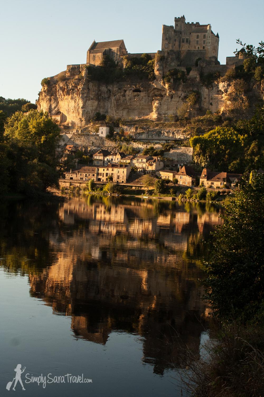 Beynac-et-Cazenac lit up at sunset