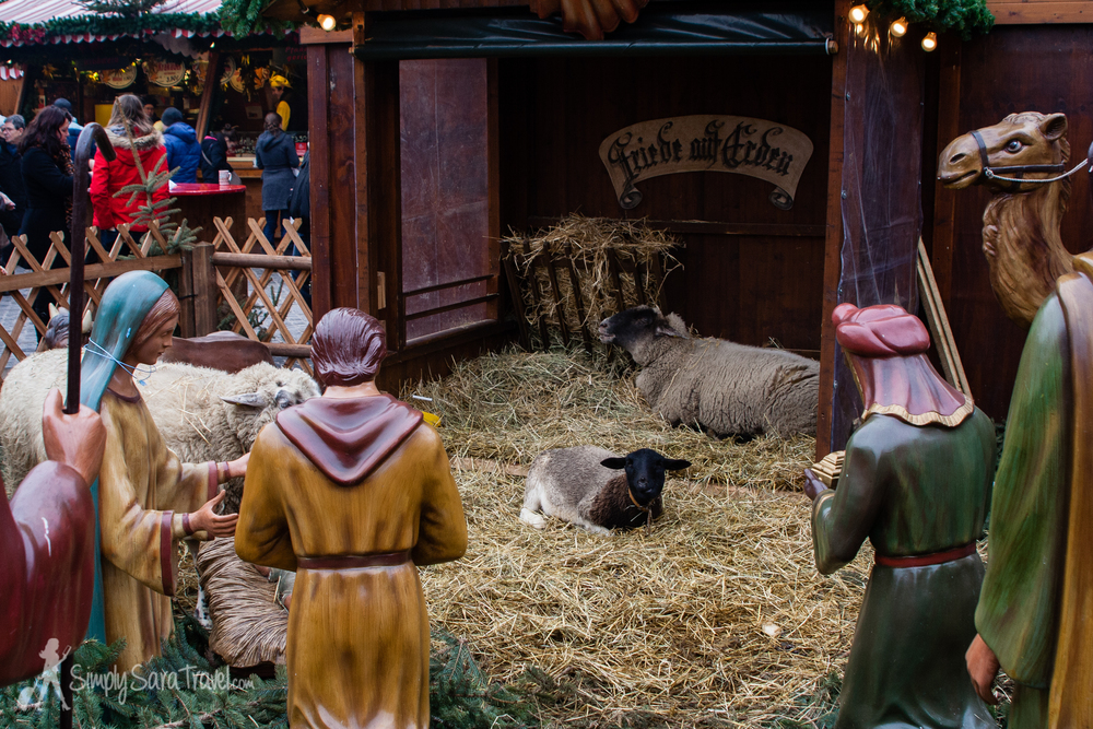 A manger with live animals in Leipzig, Germany