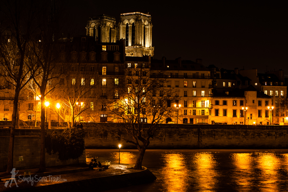 A winter night on Île Saint-Louis