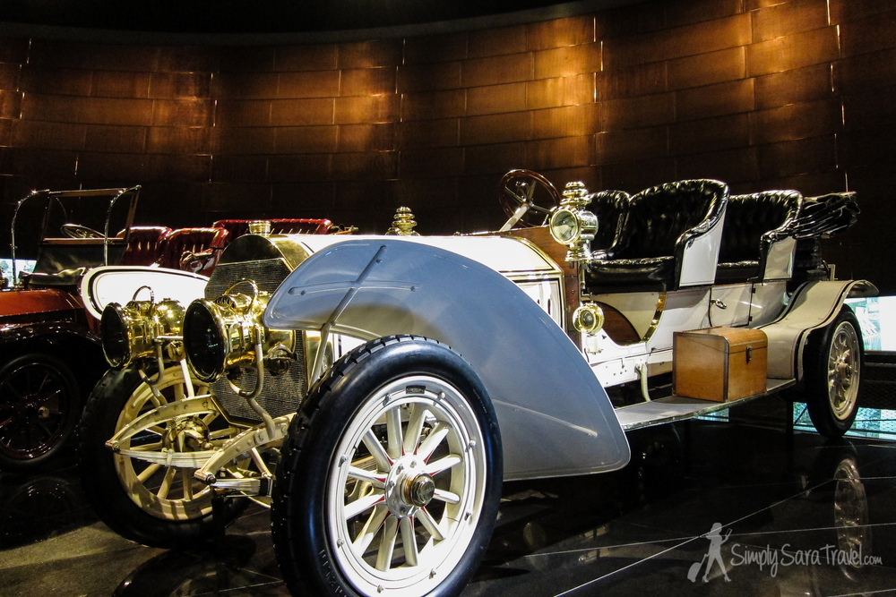 Museo Mercedes Benz.Stuttgart S Mercedes Benz Museum Simply Sara Travel