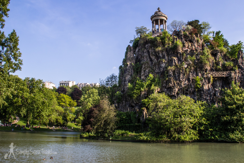 Park it in paris parc des buttes chaumont simply sara - Les jardins de chaumont ...