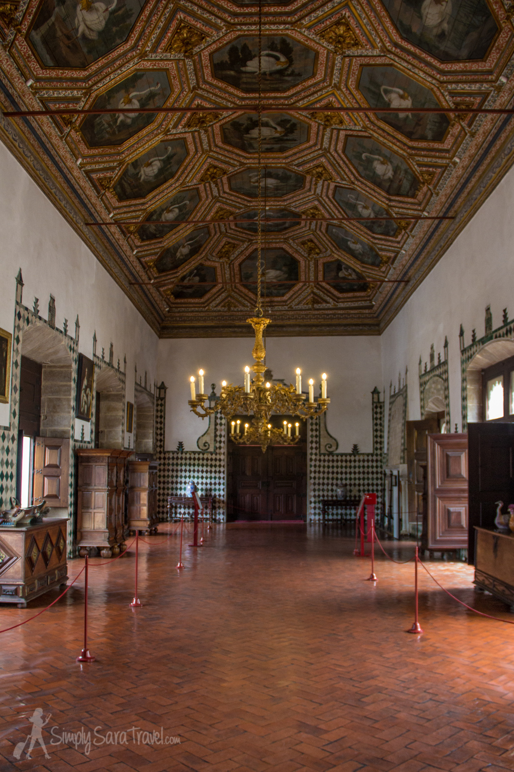 Inside the Swan Hall (Sala dos Cisnes)
