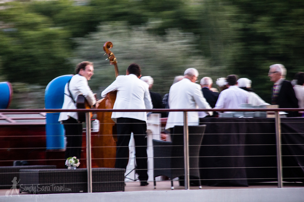 I loved watching all the boats go by on the Seine and observing how they celebrated the Fête de la Musique.
