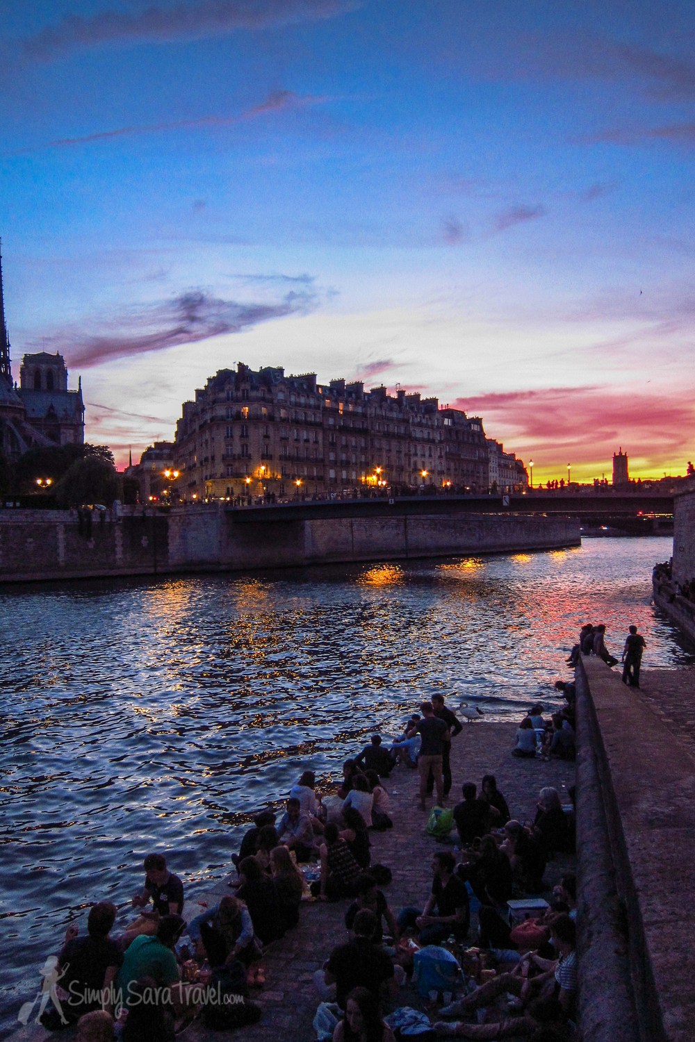 Sunset on the Quai of Ile Saint-Louis