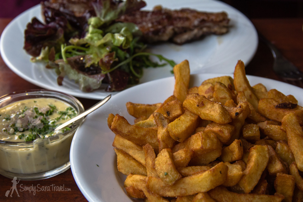 French perfection: Entrecôte (steak) served with frites (fries) and Béarnaise sauce