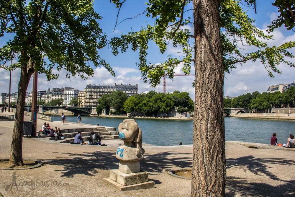 Inside the Jardin Tino-Rossi, Paris 5eme arrondissement