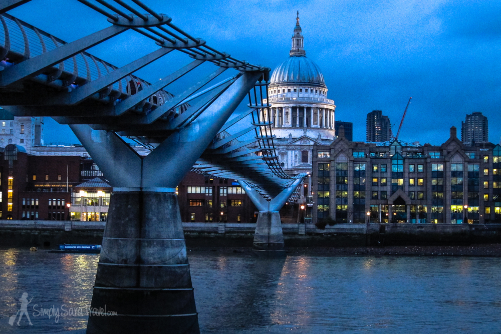 London's Millennium Bridge and St. Paul's Cathedral at night