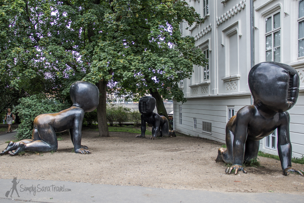 "David Cerny's ""Babies"" in Prague"