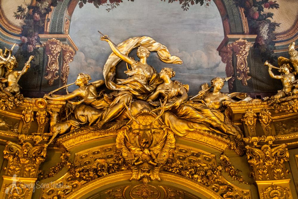Details in the Banque de France'sLa Galerie Dorée