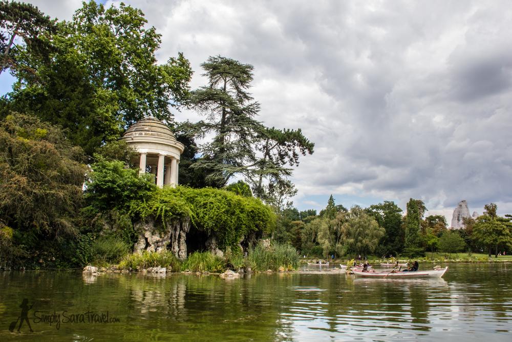 Temple of Love, Lac Daumesnil, Paris