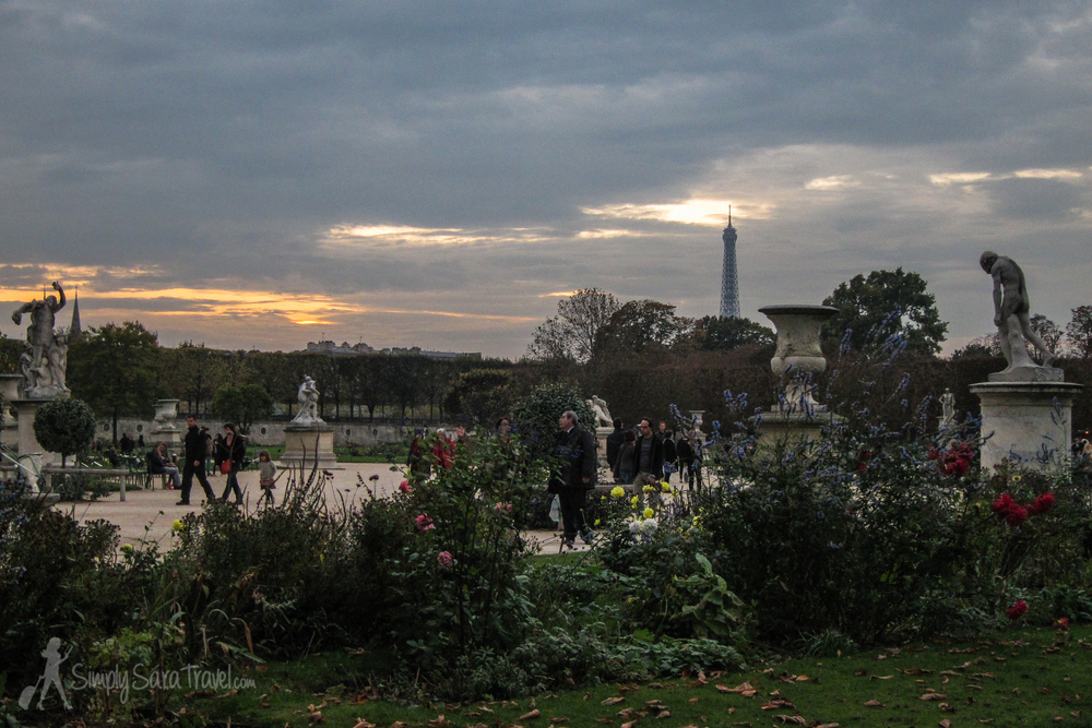 Sunset in Jardin des Tuileries with Eiffel Tower