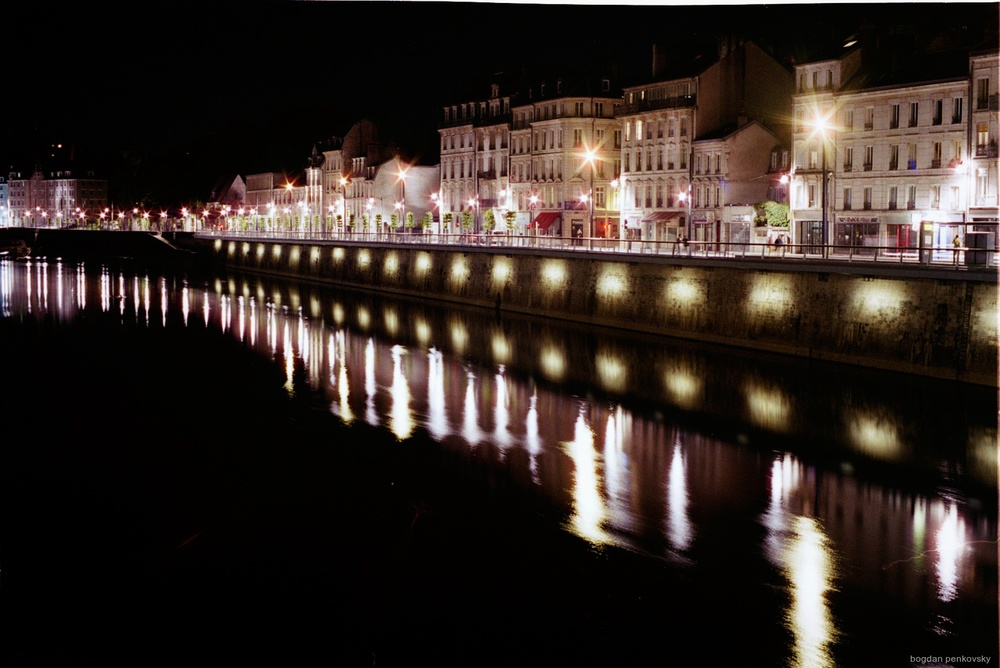 Besancon at night