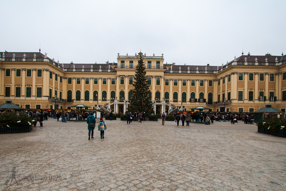 The Christmas market at Schönbrunn Palace is even open on Christmas Day