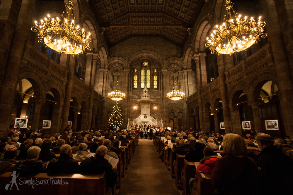 My favorite Christmas concert was at the Eglise du Temple Neuf and included Christmas caroling in both French and German.