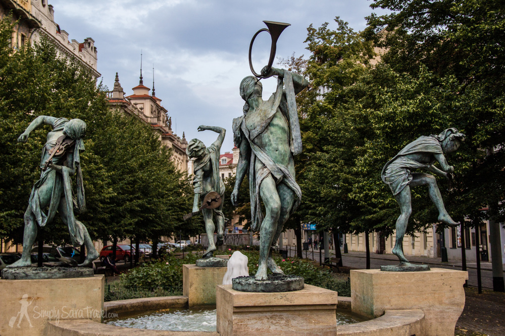 This second time to Prague introduced me to many of the city's fun  statues !