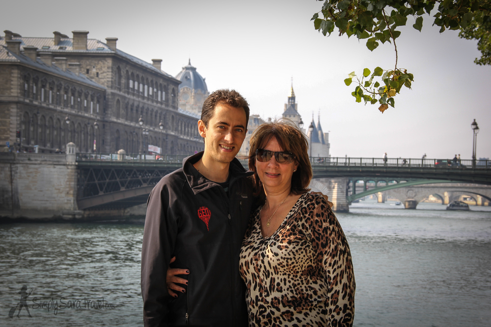 Michael and his beautiful Momma | The weather cooperated in mid-September when Michael's parents visited so we were able to show them one of our favorite activities in Paris: going on a picnic.