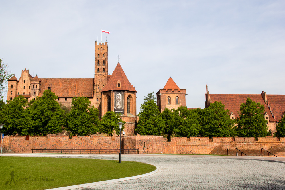 The approach to Malbork Castle - no matter from what angle I stood, it was impossible to capture a photo that really encapsulated just what type of magnitude of size we're talking about when it comes to the ginormous Malbork Castle.