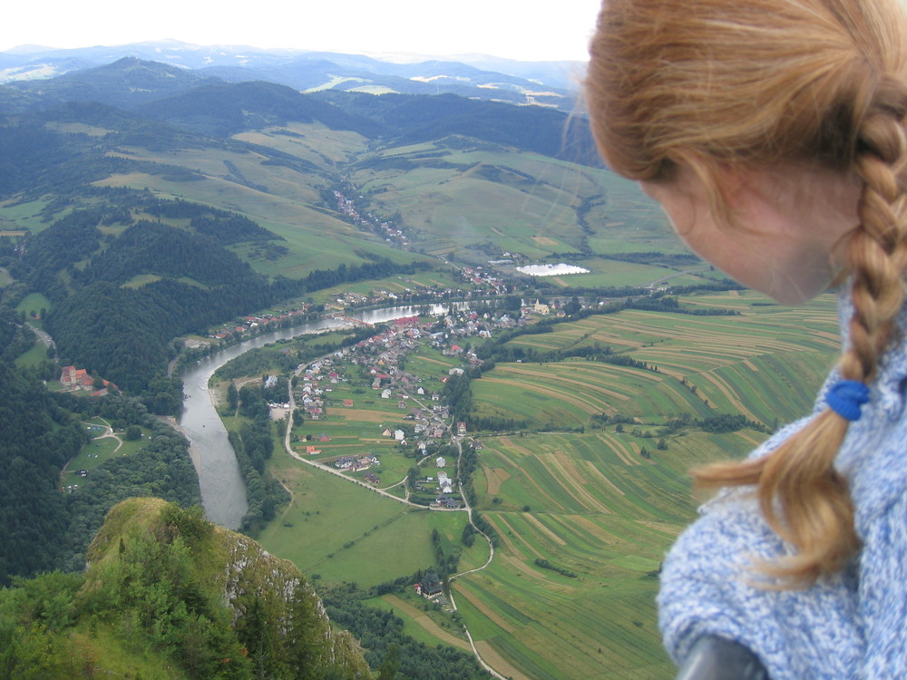 The views are stunning from the Pieniny mountains in Poland!