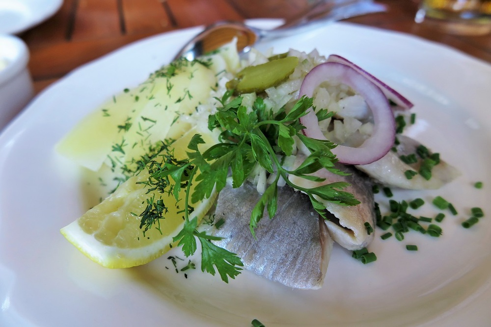 Pickled herring (sledzie)