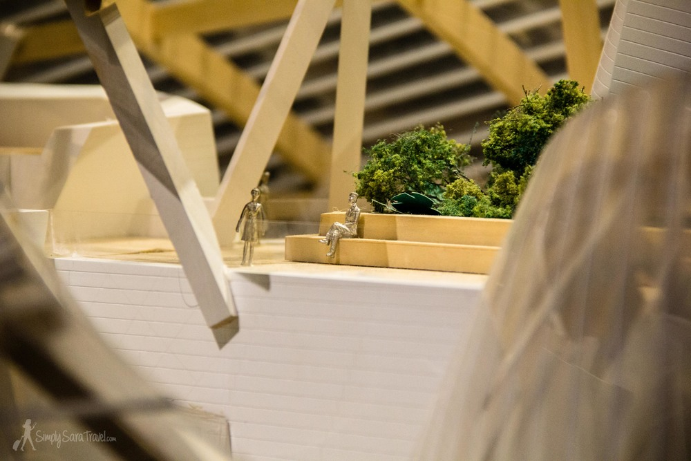 Here's some details from the model that reflects how the building looks today.