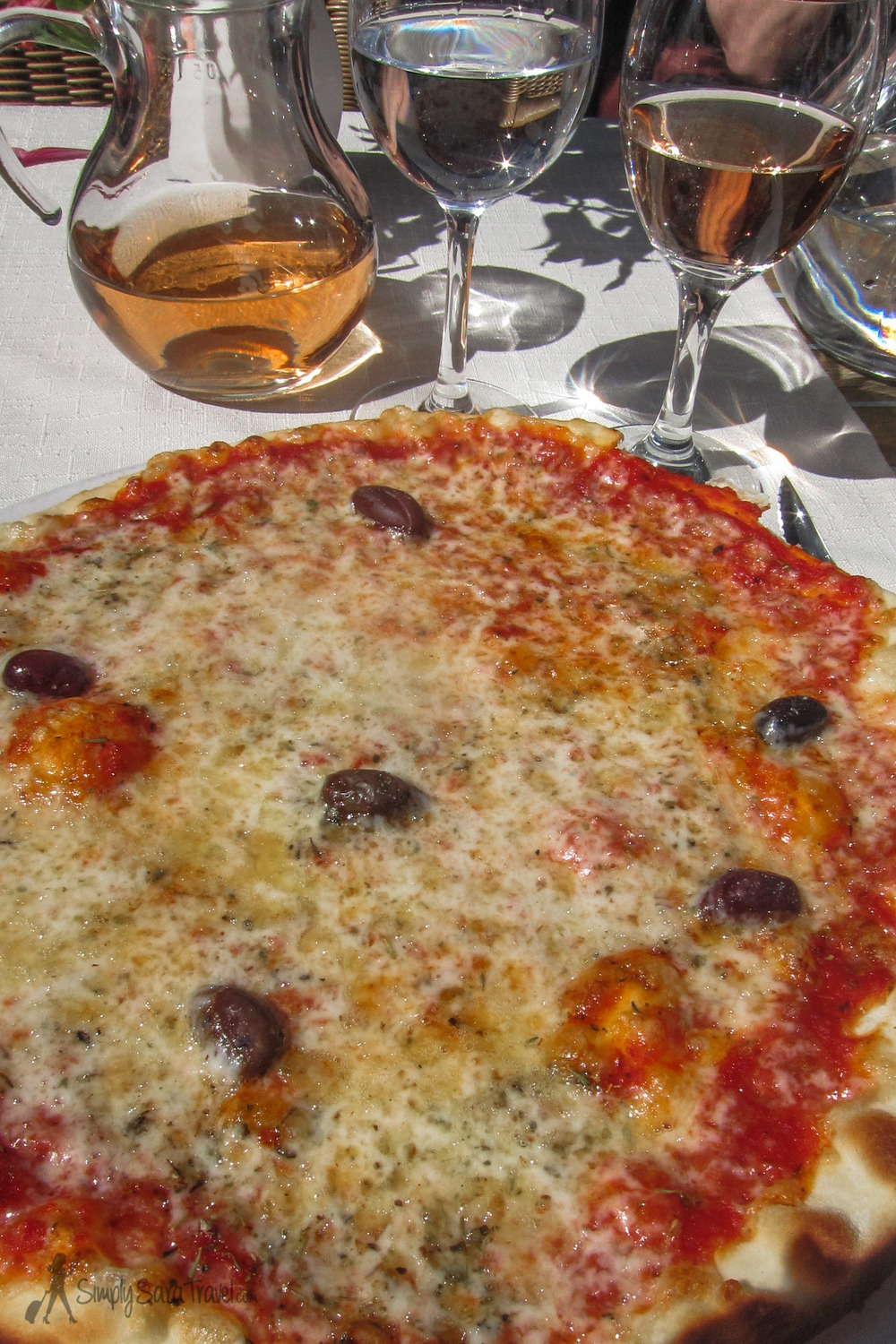 Michael has gone as far as to declare the pizza in Antibes, France the best he's ever had - a statement that really sets off my fist-pumping home state in a fit of anger.