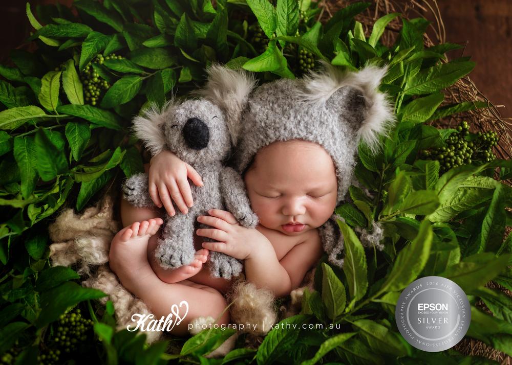 Melbourne Newborn Photographer | Kath V. Photography