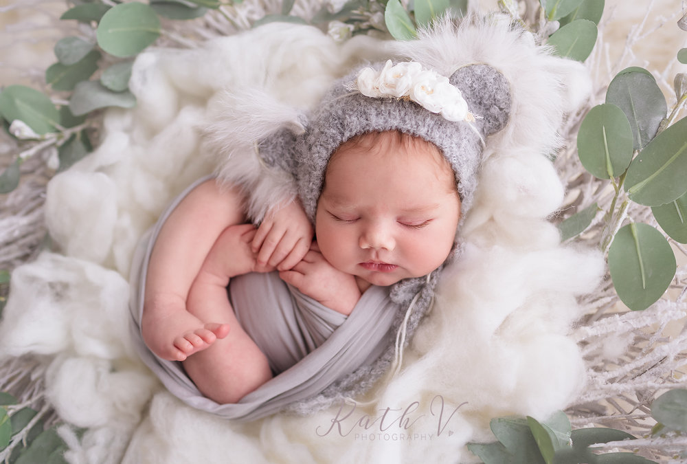 Melbourne Newborn Photographer | Kath V Photography