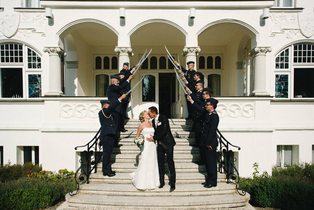 Ehrengarde Hochzeitspaar Villa Papendorf