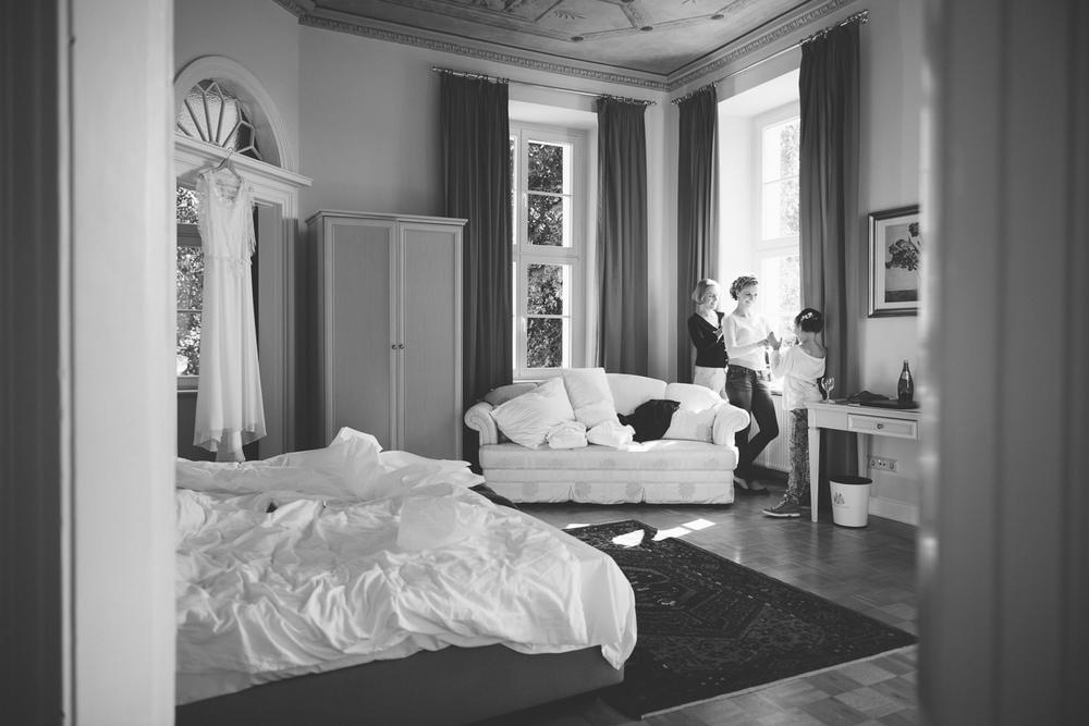 Braut Vorbereitungen Hochzeit Schloss Wedendorf