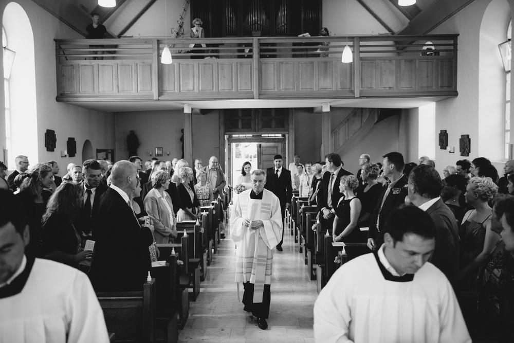 Hochzeit Brautpaar Kirche Pfarrer Mecklenburg Vorpommern
