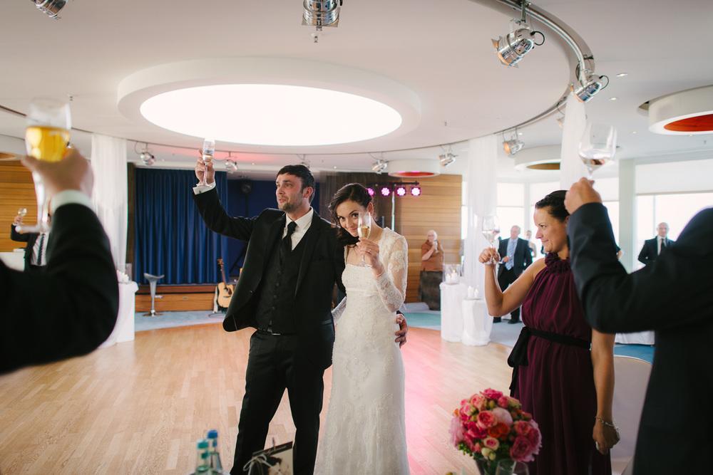 Hochzeit Sekt Neptun Skybar Warnemünde