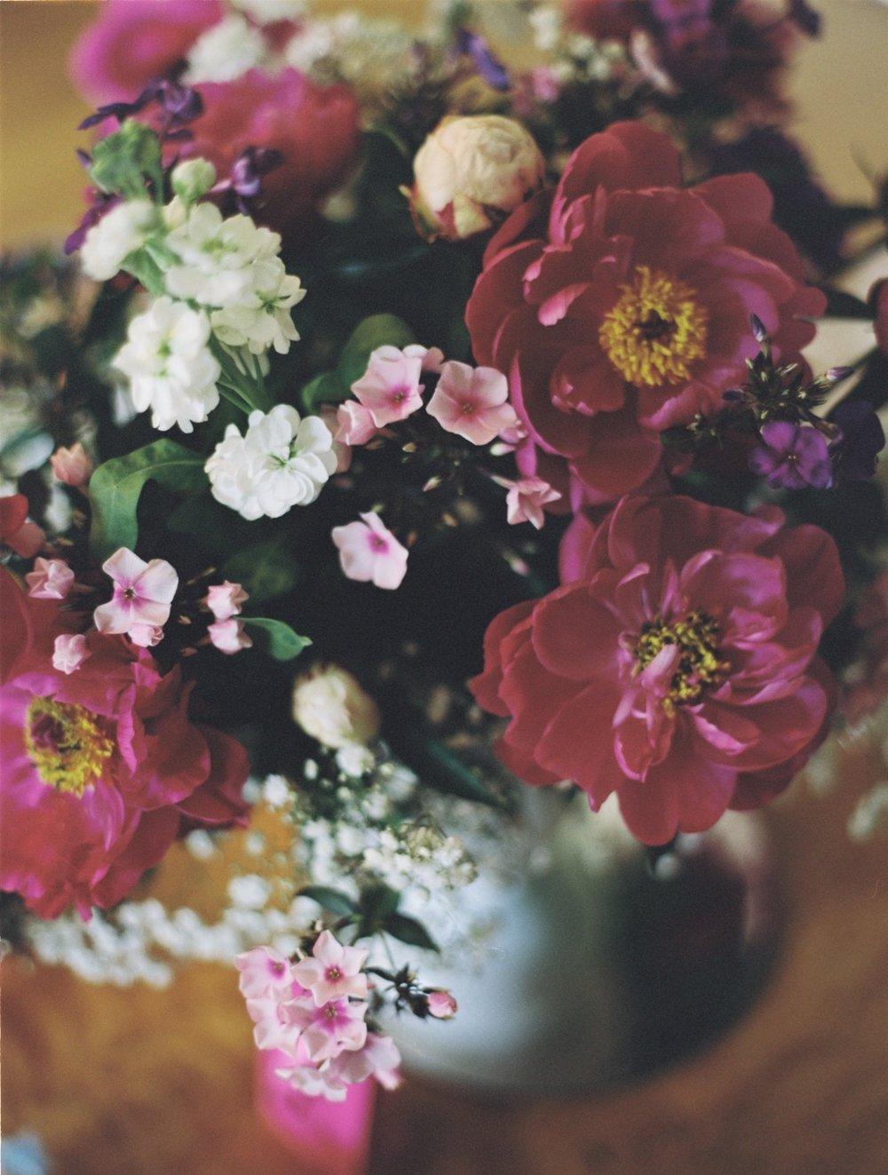 2017-Hochzeit-Film-Fotografie-Contax 645.jpg