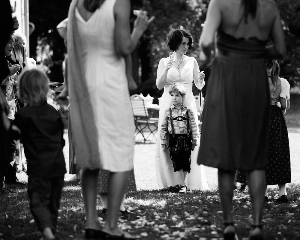 0069-Hochzeitsfotograf-Schloss-Lühburg.jpg