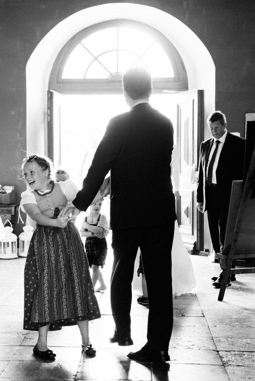 0096-Hochzeitsfotograf-Schloss-Lühburg.jpg
