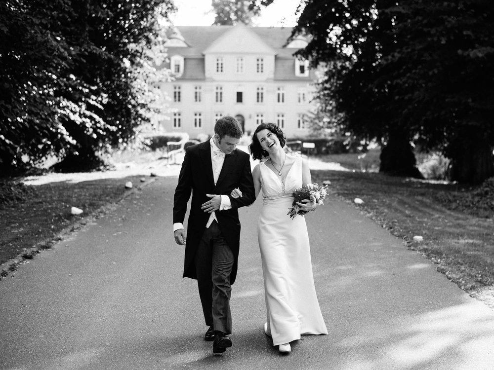 0099-Hochzeitsfotograf-Schloss-Lühburg.jpg