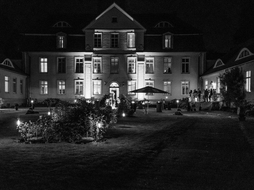 0152-Hochzeitsfotograf-Schloss-Lühburg.jpg