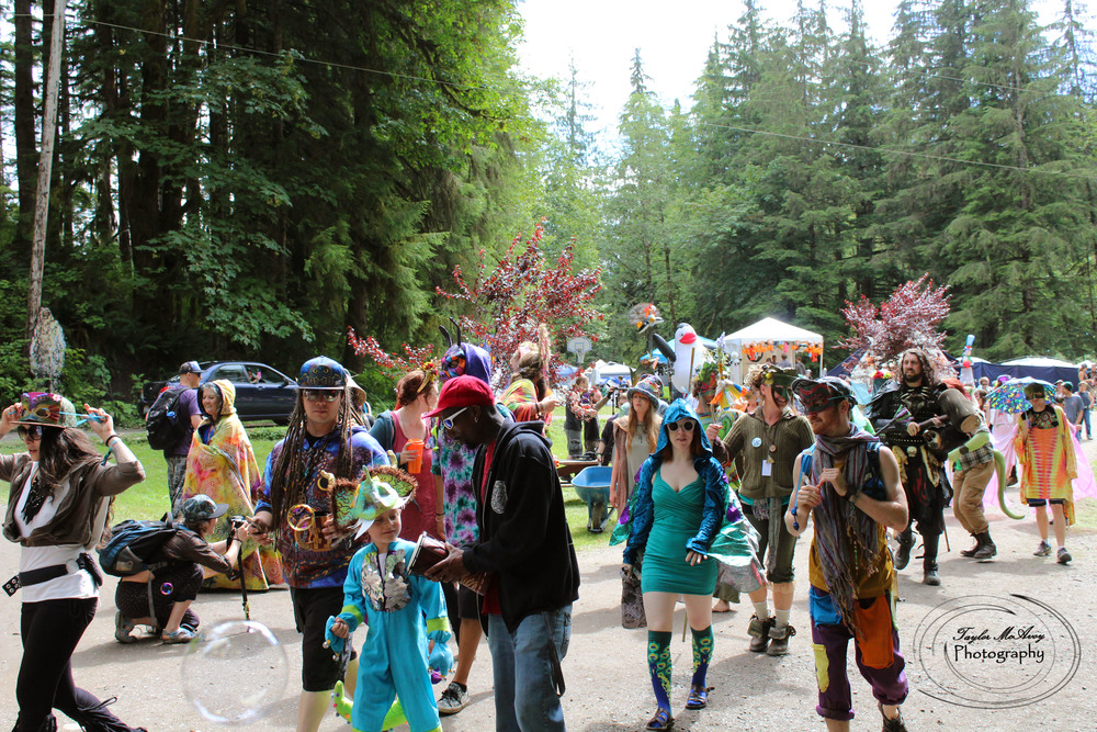 Mythica Village campers and many more friends from other villages joined together to host a community parade through the Maisonic Family park.