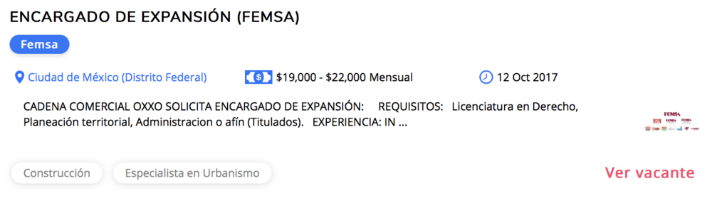 Oferta de trabajo de FEMSA publicado en el sitio OCC. Nótese el tag  Especialista en Urbanismo .