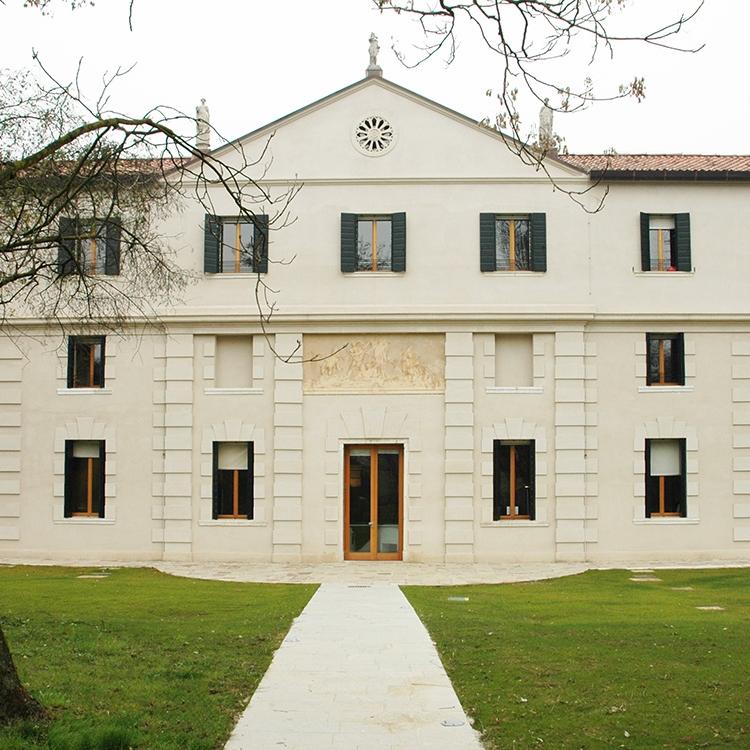 villa tivan offices
