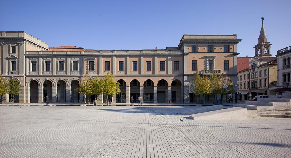 palazzo indipendenza_prospetto.jpg