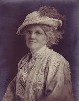 Mrd. Dixon President 1919-20 sepia.jpg