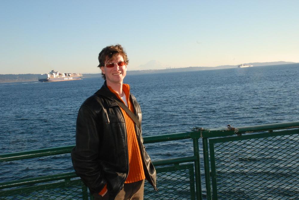 Paul with Mt. Rainier.JPG