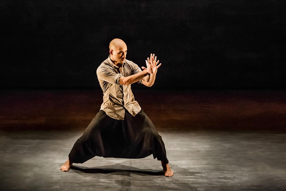 Chotto Desh 9-15 1401 Dancer Dennis Alamanos_JPGHighRes.jpg