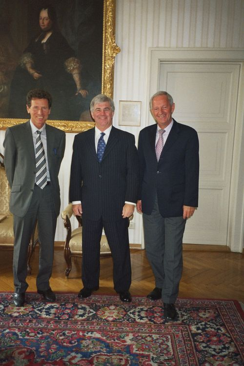 From left: Rektor Karlheinz Töchterle, Dean James Logan, Prof Franz Mathis, UNO-LFU Innsbruck Friendship Treaty Coordinator