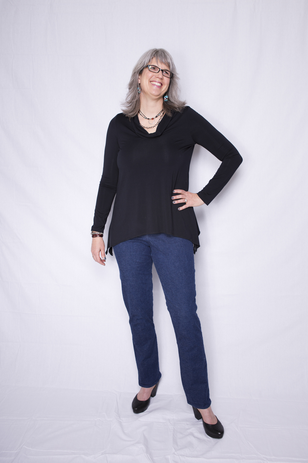 Style Arc Swing Top with jeans. Photo by Treehouse Photography