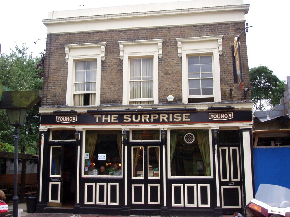By Ewan Munro from London, UK - Surprise, South Lambeth, SW8Uploaded by Oxyman, CC BY-SA 2.0, https://commons.wikimedia.org/w/index.php?curid=22395404