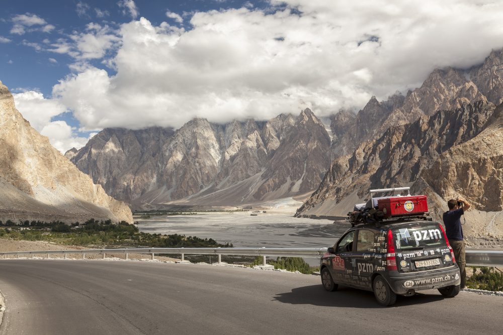Pakistan, Passu