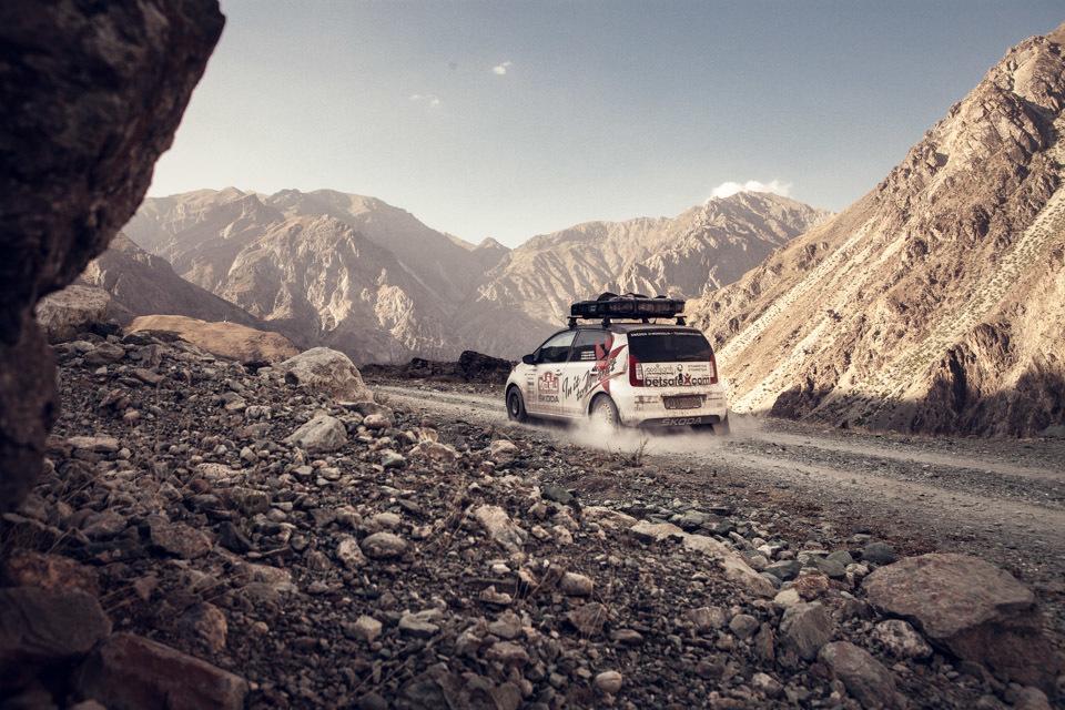 012team-detour-mongol-rally-pamir-highway-tajikistan-afganistan-4655-_MG_9152.jpg